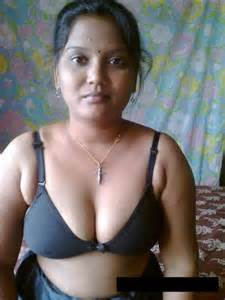 Hot Sexy Desi Indian Bhabhi Show Bra and Panty Spicy Pics  Online hot