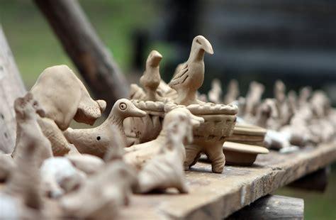 Keramikas darbi par prieku mammām | liepajniekiem.lv