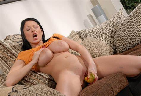Intense Wanking For Beautys Sexy Busty And Puss