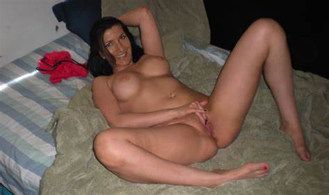 Nude Neighbour Spreads And Cums