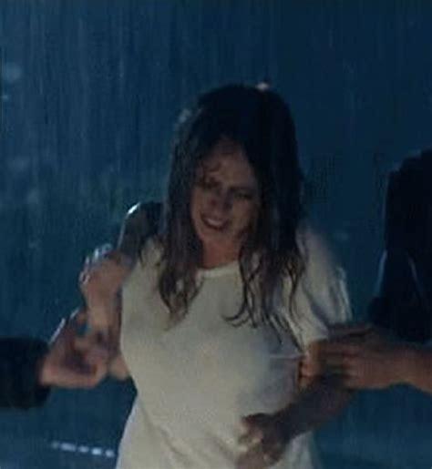 foto de Jennifer Love Hewitt wins the wet t shirt contest
