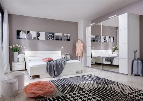 photo de chambre adulte chambre adulte complète design coloris blanc alpin mavrick