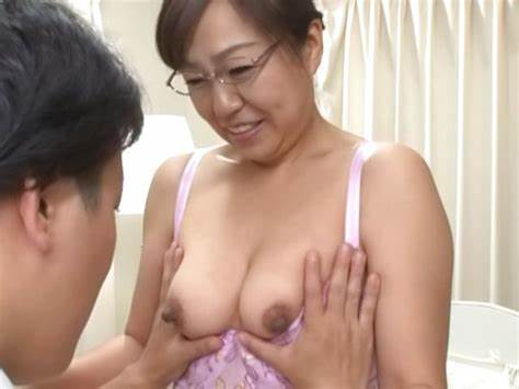 Passionate Japanese Mature Fuck And Creampied