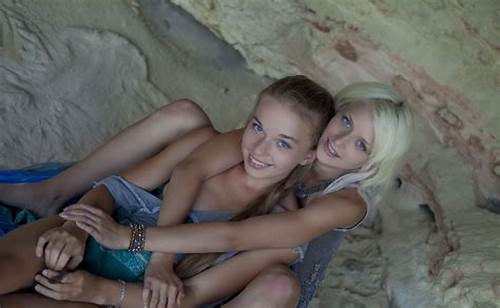 Tiny Give Pussylicking On Bed #Two #Young #Lesbians #Lick #Each #Other #Big #Pussy #In #Cave