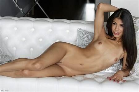 Teen Nudes Horny
