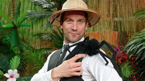 """Peer kusmagk (born 14 june 1975 in berlin) is a german actor and television host. Peer Kusmagk: """"Als erstes zieht die Harmonie aus"""" - B.Z ..."""