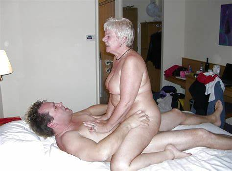 Plumper Grey Haired Enjoy Long Dicks And Dildos