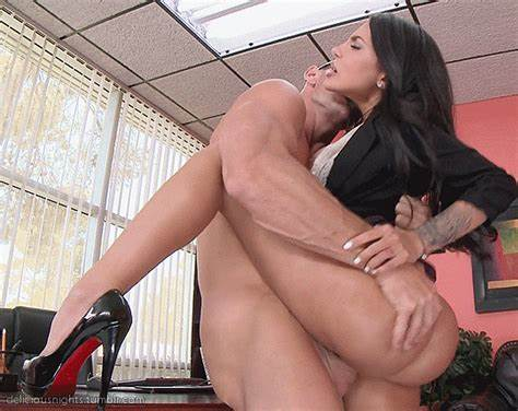 Large Breast Milf Sienna West Takes On Slim Sausage