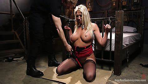 Blonde Guests Treat Themselves With Submissive Whores