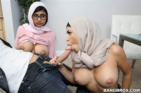 Gets With Cutie Hijab