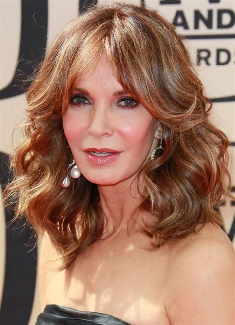 26 Simple Easy Hairstyles & Haircuts for Women Over 50