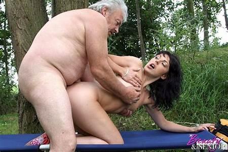 Sex Nudest Havig Teen