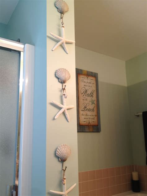 Most importantly, choose wall decor pieces that uplift you and make you feel centered. Pin by Kim Gagliardo-Smith on Bathroom | Beach theme bathroom decor, Beach bathroom decor, Beach ...