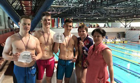 RTU studenti Latvijas peldēšanas čempionātā uzstāda personīgos rekordus   RTU Sporta centrs