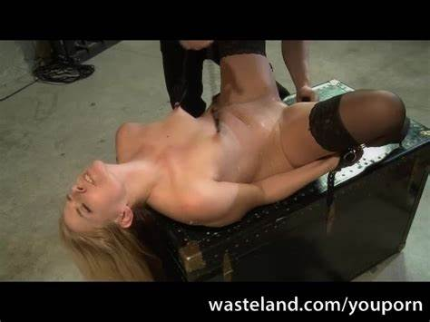 Homemade Teen European Threesome Drilling Shocking