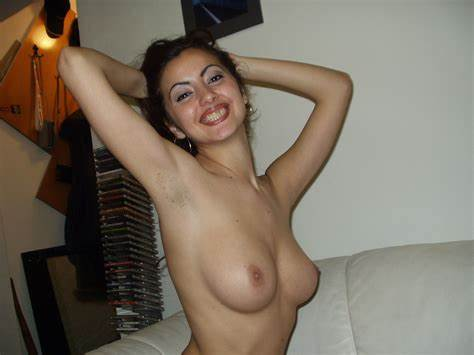 Turkish Pornstar In Pale Nude