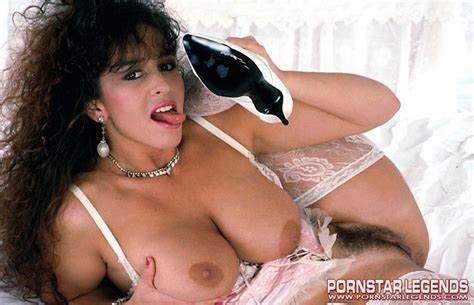 Offensive Vintage Hardcore Banging Famous Porn Star Exposing Her Gracious Nudity For Free Of Charge Banging