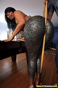 Big Ass Ebony : vanessa monet ebony leggings candid shiny ~ Frokenaadalensverden.com Haus und Dekorationen