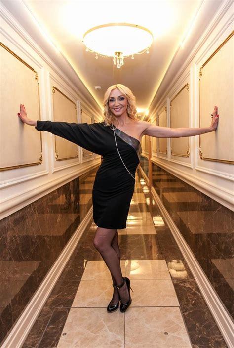 Родилась 25 мая 1971 года в москве. Кристина Орбакайте: рост и вес, параметры фигуры, размер груди, размер ноги, биография + фото