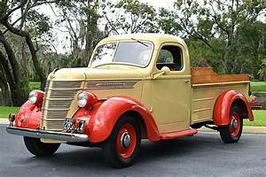 Remarkable Restored 1939 International D2 Pickup 213ci