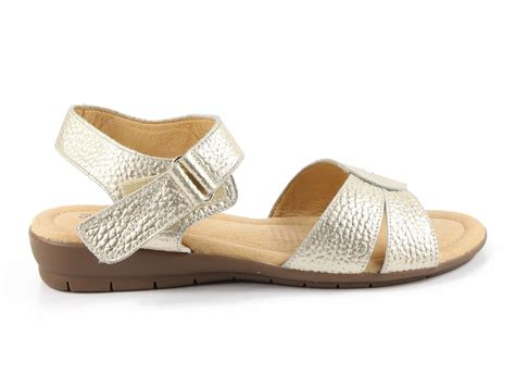 For over 40 years, diana ferrari has crafted footwear for australian women and their lifestyles, offering a mix of elevated boots, contemporary flats and everyday sneakers for the aw21. Diana Ferrari SUPERSOFT Flex Sandal Bạc   Sandals, Diana, Shoes