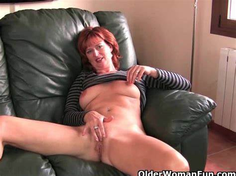Webcam Ginger Mature Stripping And Masturbate