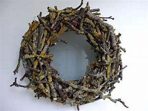 Basteln Mit Zweigen : bodenseewellen kranz aus zweigen diy ~ Watch28wear.com Haus und Dekorationen