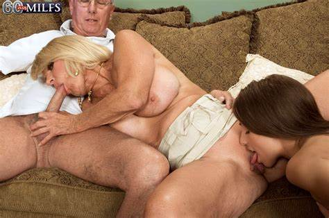 Realsex Milfs Along With Cousin Sharing Dork