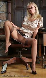 Secretary hot pantyhose girls