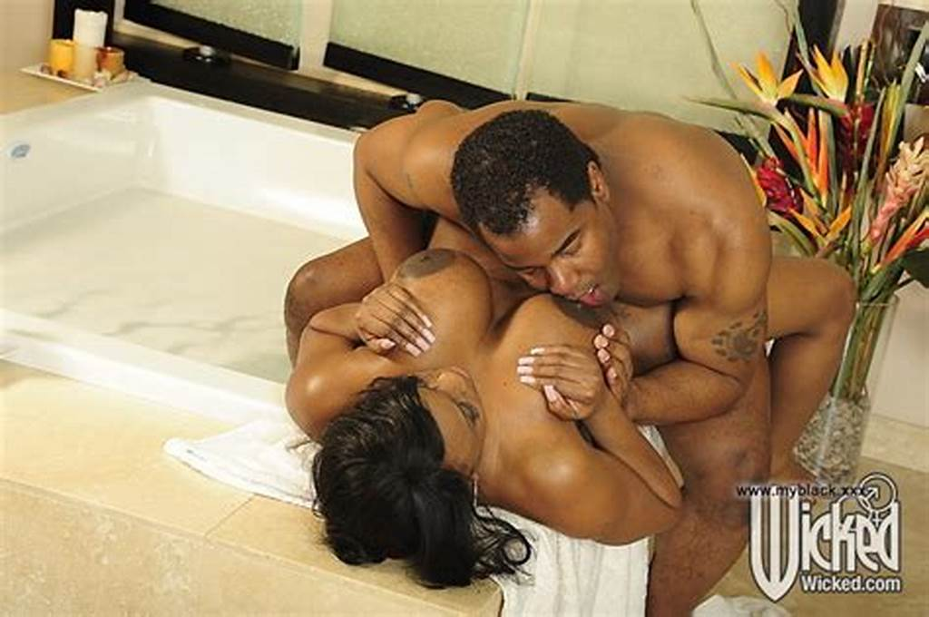 #Ebony #Bbw #With #Natural #Big #Tits #Fucking #In #The #Bathroom