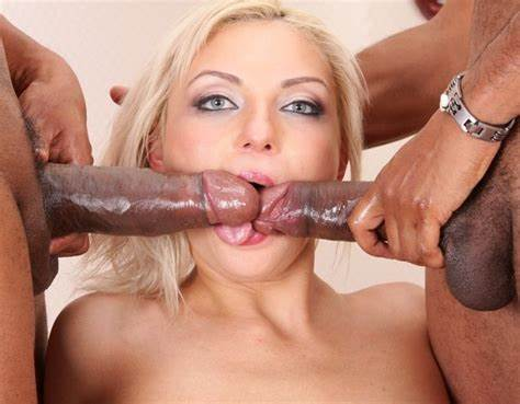 Blonde Blowjob Hottie Interracial