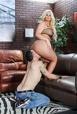 Lick big butts xxx