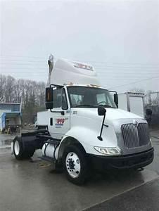 International 8600  2006    Medium Trucks