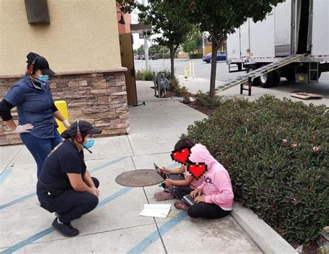 27, 2014, 4:31 pm pdt / updated sept. After Little Girls Go Viral For Using Taco Bell's Wifi For ...