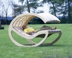 Relaxliege Für Garten : 27 coole ideen f r sofa und relax liege im garten ~ Indierocktalk.com Haus und Dekorationen