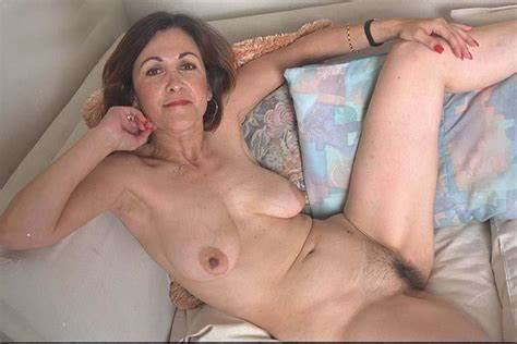 Large Saggy Granny Strips And Masturbates