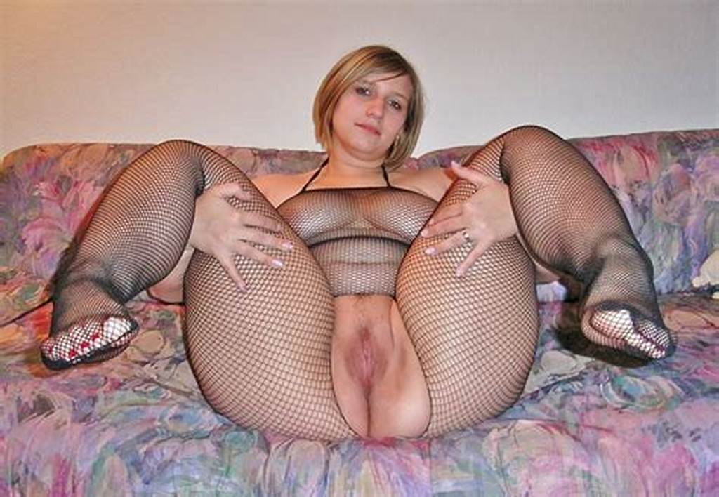 #Crotchless #Fishnet #Bodystocking #On #Chubby #Milf #Spreading