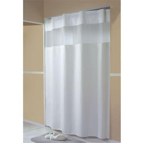 Halboffene Bogenhalle shower shower transitional bathroom shower