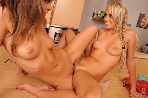 Bigtitted Lesbo Gorgeous Scissoring Nympho Lovely Chick Twats Grinding
