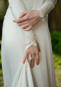 twilight breaking dawn bella swan39s stunning twilight With bella twilight wedding dress