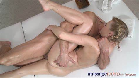 Sext Sloppy Young Massaged By Masseur