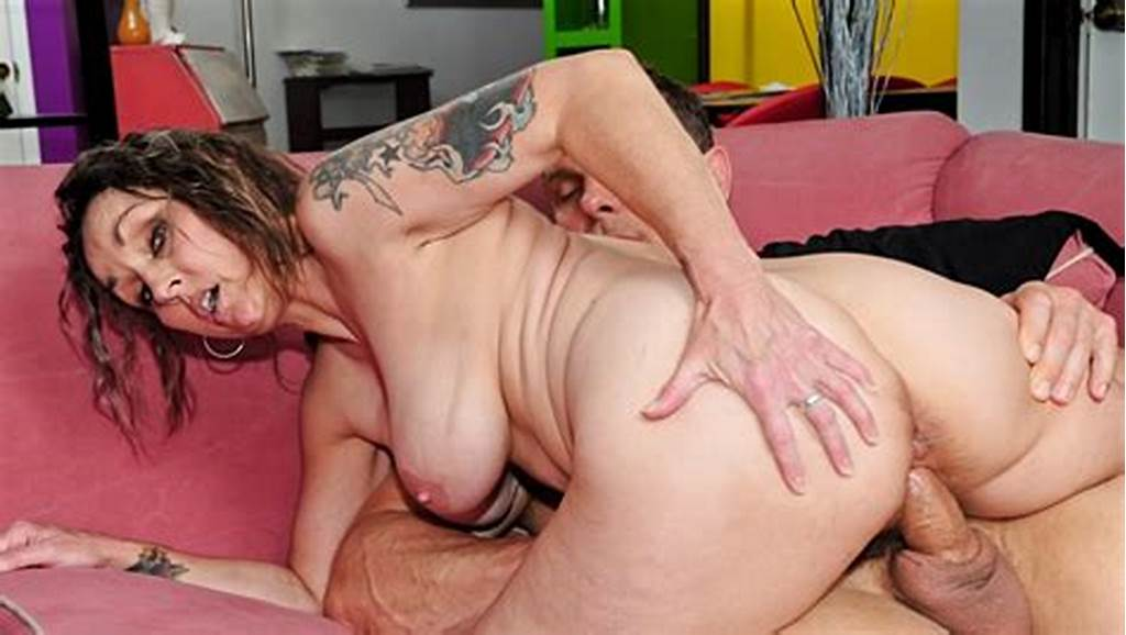 #Old #Slut #Taking #It #Deep #In #Her #Hairy #Cunt