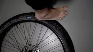 Reifen Von Felge Abziehen : tubeless reifen stressfrei von der felge l sen zum entfernen youtube ~ Watch28wear.com Haus und Dekorationen