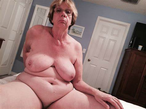 Charming Small Sexy Gilf Topless Screwed Nudes Bad Granny