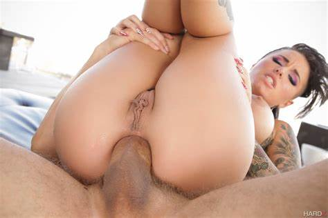 Two Retro Fuck Blowie Stuffed Christy Mack Got Her Anus Fucks With Biggest Dicks 13582