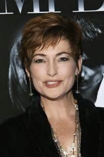 coupe de cheveux courte femme 50 ans coupe cheveux court femme 50 ans
