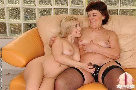 Buxom Bald And Haired Bisexual Lady renata & innocence