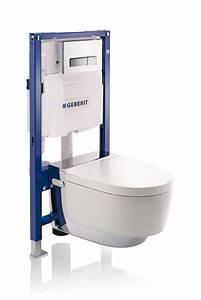 Installer Un Wc : installation d 39 un wc douche dans votre salle de bains ~ Melissatoandfro.com Idées de Décoration
