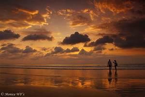 Bilder Am Strand : sonnenuntergang am strand von kuta bali indonesien foto bild asia indonesia southeast ~ Watch28wear.com Haus und Dekorationen