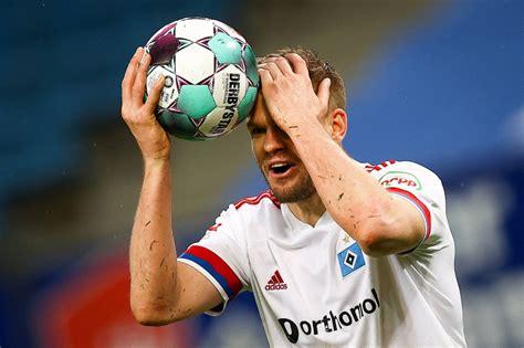 In unserem blog halten wir sie auf. Bild zu: HSV in zweiter Liga: Darmstadt besiegt Hamburger ...
